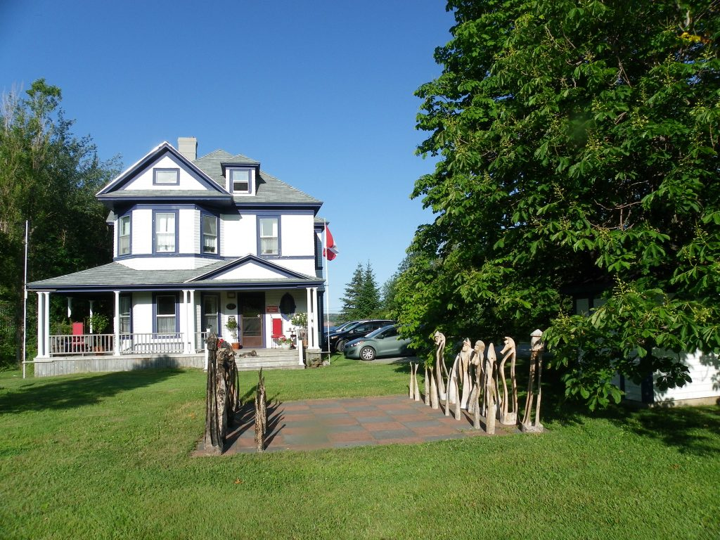 Haus Treuburg Country Inn & Cottages